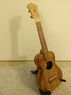Rekindling a lost four-string love, Part IV (3/3)