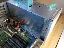 Power Mac 8600 Inside Open Hinge