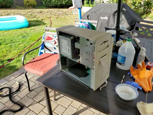 Power Mac 8600 Outside Cleaning