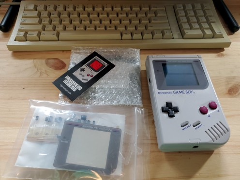 Dead Game Boy with replacement parts
