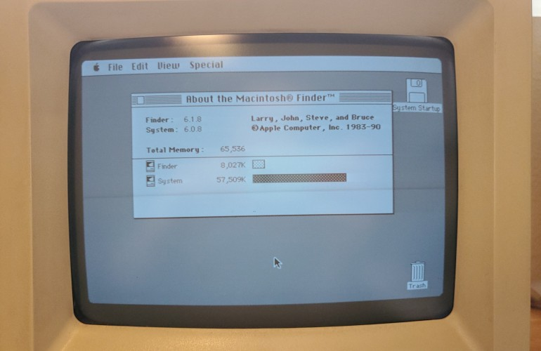 Mac SE/30 System 6 Boot with 64MB RAM