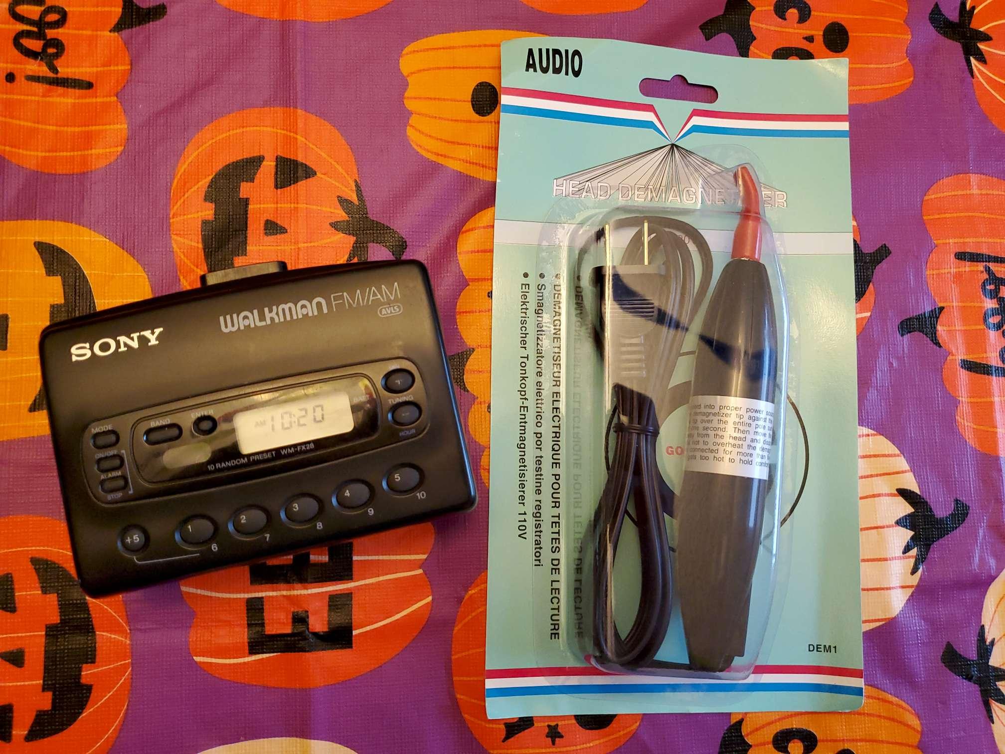 Sony Walkman WM-FX28 with Head Demagnetizer