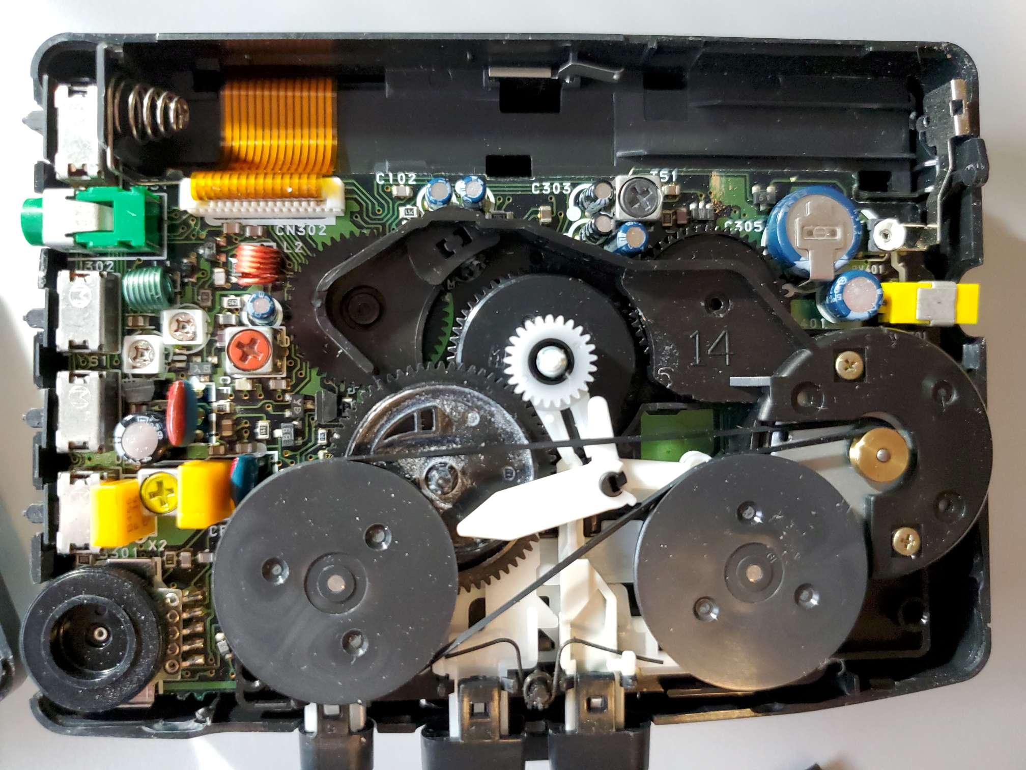 Sony Walkman WM-FX28 with Tangled Belt